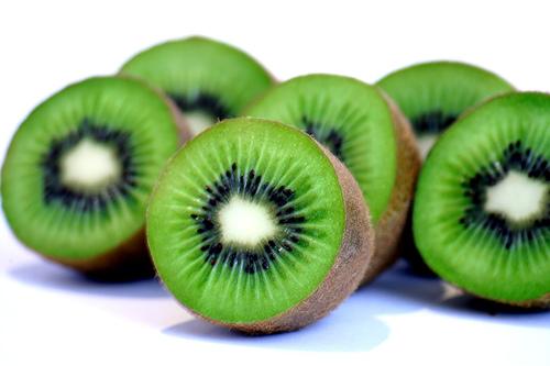 external image kiwifruit_2.jpg